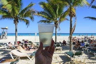 playa langosta en Cancún
